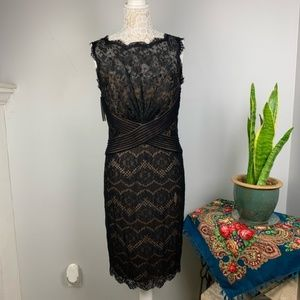 Tadashi shoji Sheath Black Chantilly lace